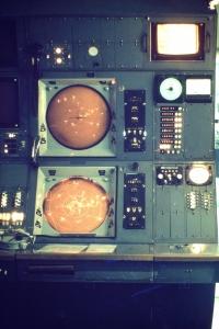 approach director radar console