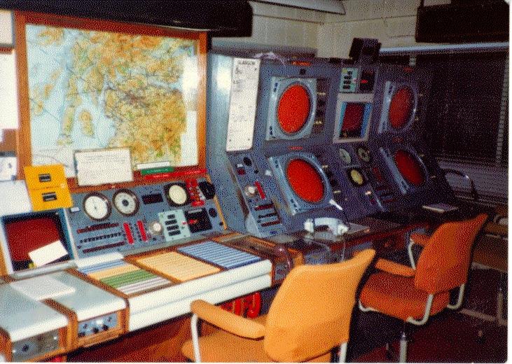 Glasgow Approach Radar nov 82 3
