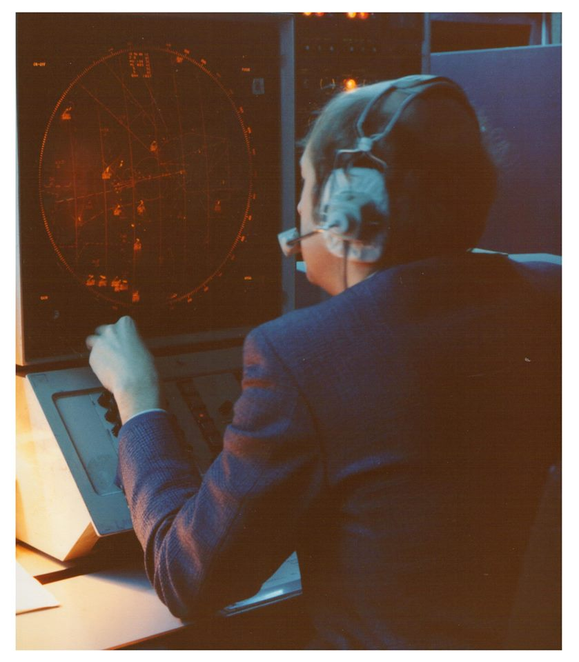 Approach Radar 1980s