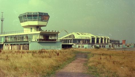 Renfrew Airport 1974 pre dem