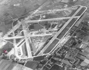 EGLL 1947 Aeriel