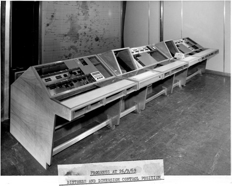 dandd-desks-and-rack-1