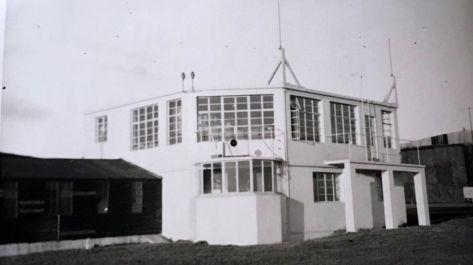 bay window tower